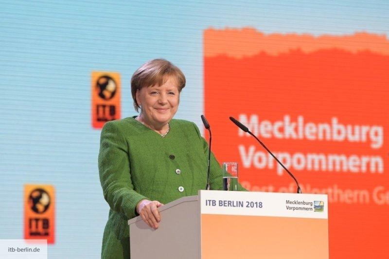 Bloomberg: Хватка Меркель сл…