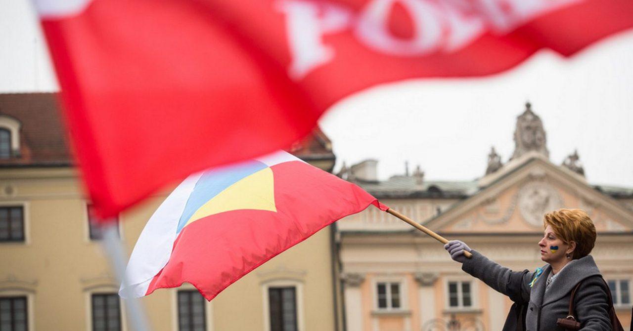 Войны памяти: как Польша из адвоката Украины превратилась в ее обвинителя
