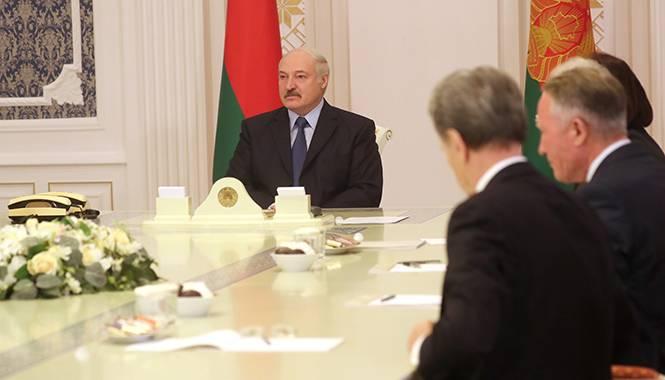 Лукашенко ответил на упрёки …
