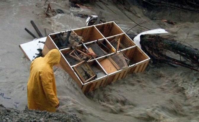 В режиме ЧС: Российские чиновники страшнее всех стихийных бедствий