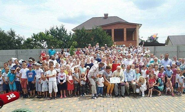 87-летний украинец - глава самой большой в мире семьи