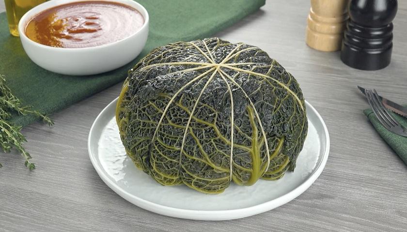 Фаршированная капуста с бульоном: необычное сытное блюдо