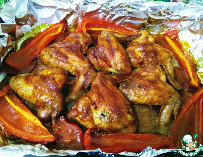 Рецепт: Крылышки в пиве на овощной подушке