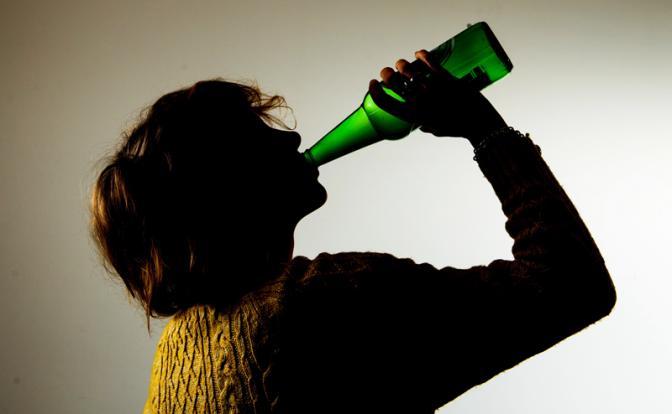 Наркологи точно подсчитали, когда россияне перестанут пить