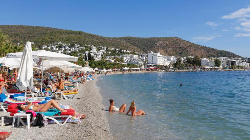 Любимые курорты россиян признали самыми опасными