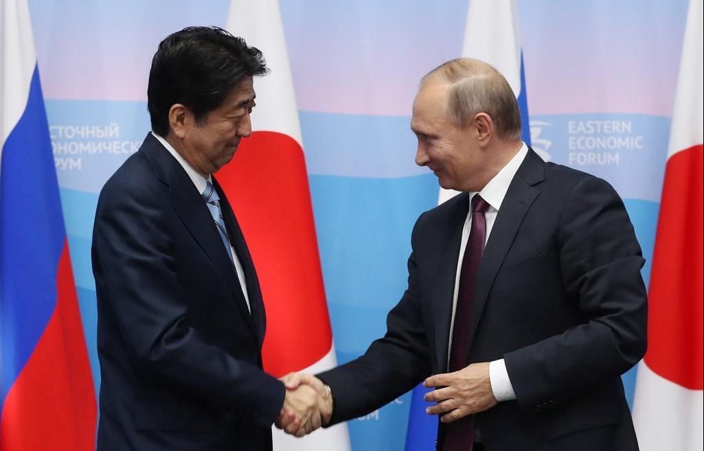 Абэобещал Путину, чтонера…