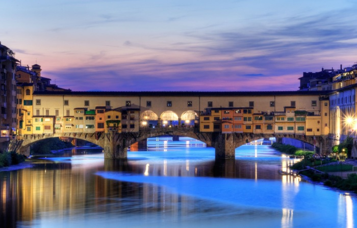 Оригинальные дома-мосты из разных уголков планеты