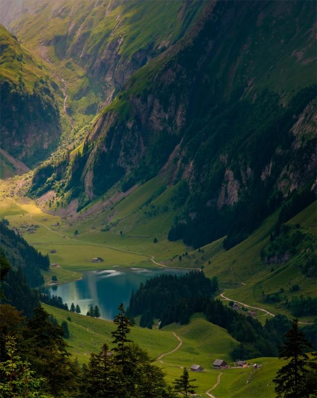 Швейцарские Альпы: магические горные пейзажи