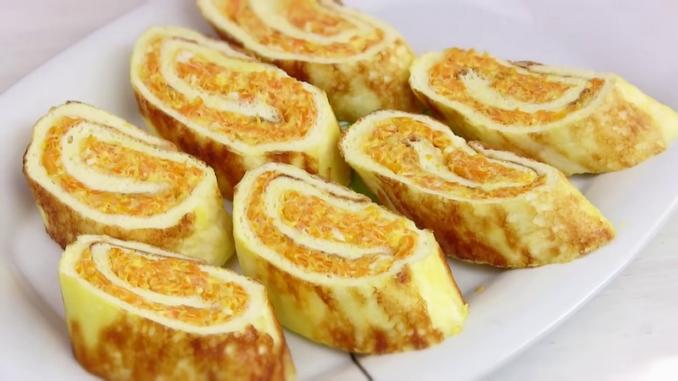 Простая быстрая закуска - яичный рулет с начинкой