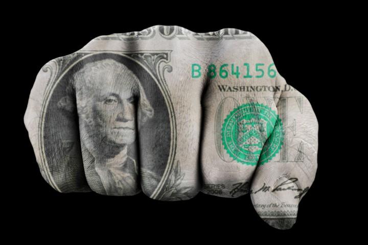Трамп подвел сильный доллар к обрыву