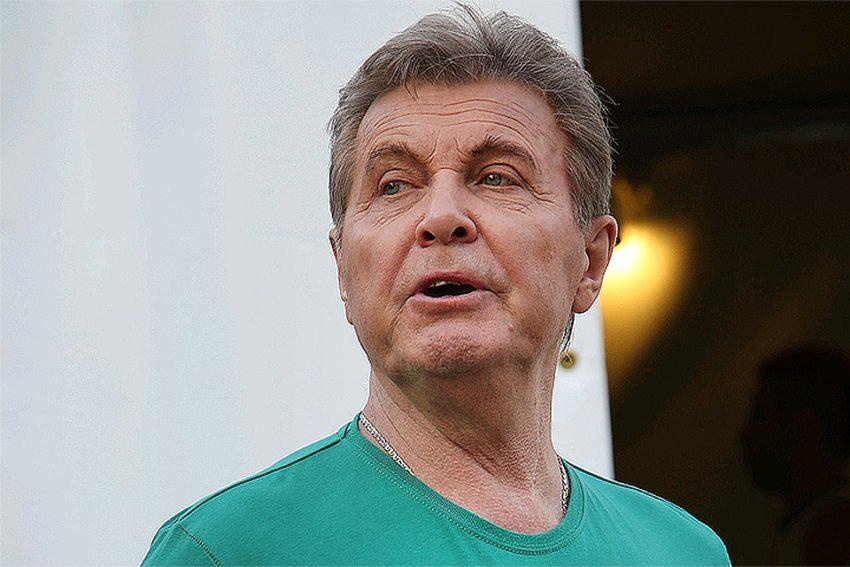 Загулявшего с молоденькой Льва Лещенко выставили из дому с чемоданами