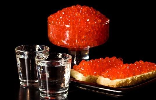 Ученые подняли вопрос: чем закусывать водку, чтобы повысить либидо