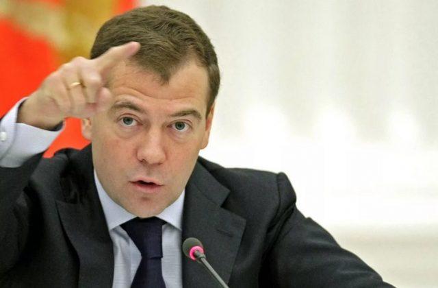 Медведев: Экспорт СПГ будет …