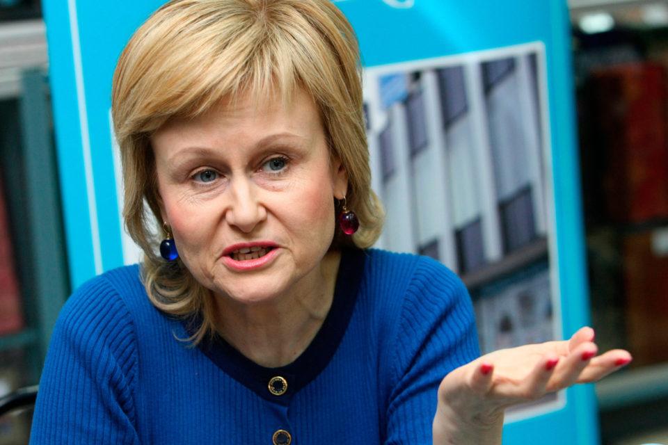 Дарью Донцову чуть не лишили жизни из-за еды