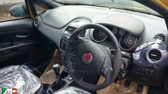Шпионы застигли врасплох обновленный Fiat Punto