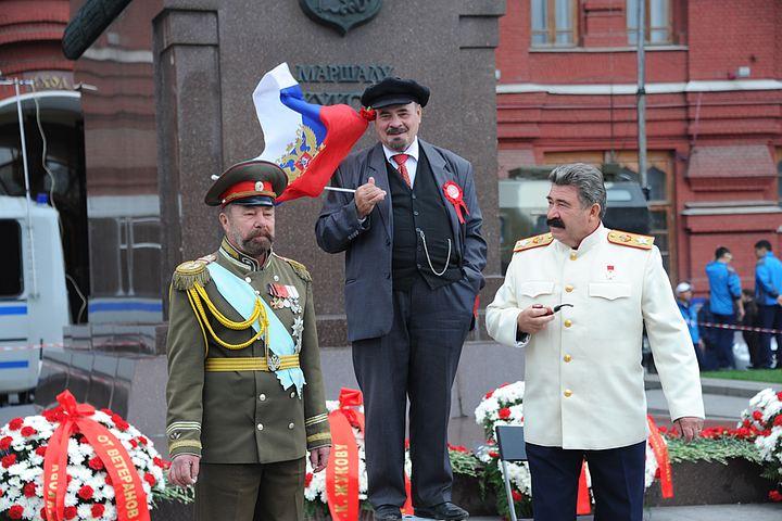 Сергей Доренко: Путин ставит на крыло 30-летних ребят и станет их политическим отцом