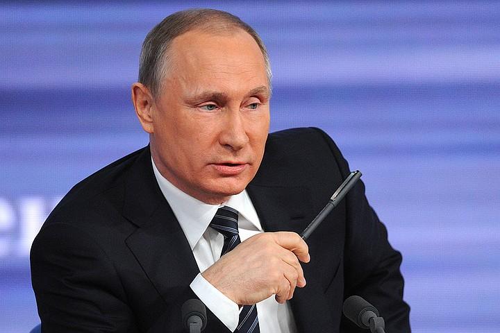 Путин предложил встретиться с Трампом в Париже