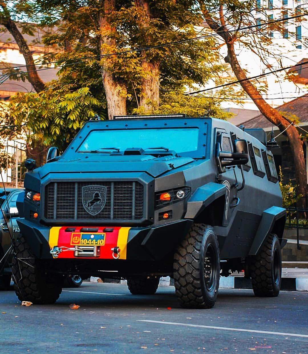 Новая индонезийская бронированная машина Turranga