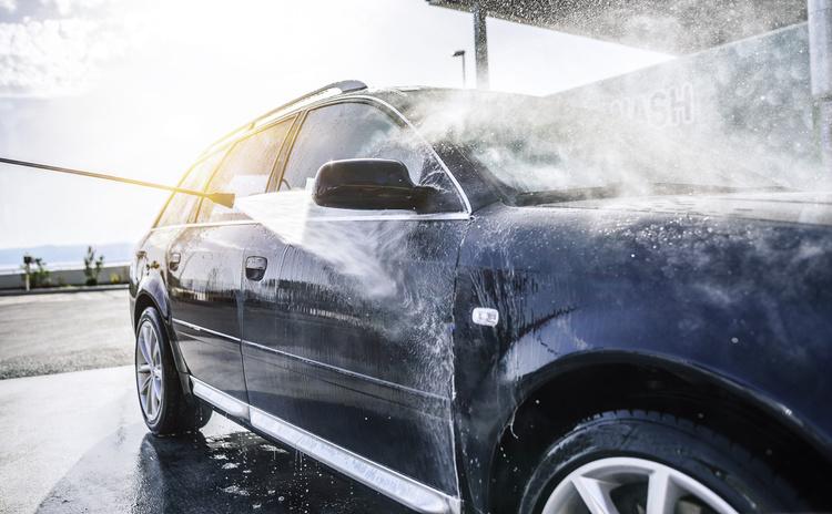 4 золотых правила поведения на автомойке, о которых вы не знали