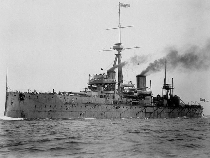 Корабль Его Величества «Дредноут» и пранкеры образца 1910 года
