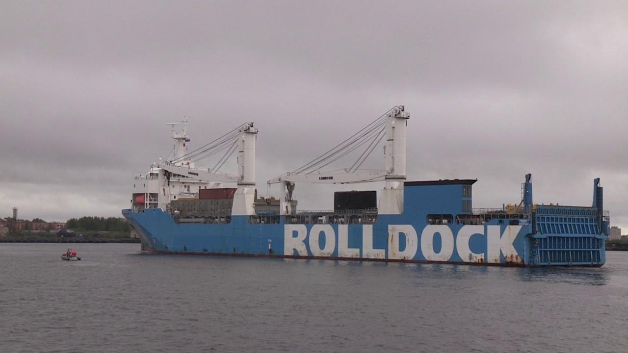 Индийская подводная лодка Sindhuraj прибыла в Северодвинск для второго среднего ремонта