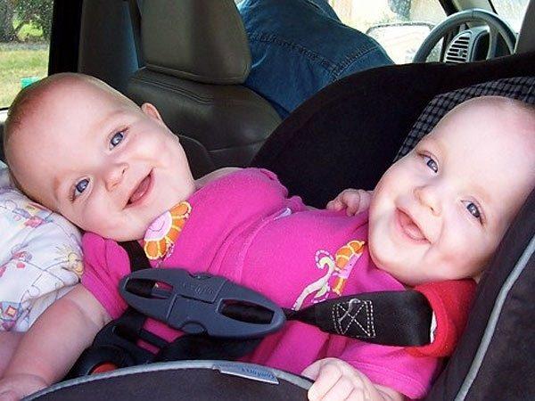 Тройняшки, от которых отказались родители, 14 лет спустя