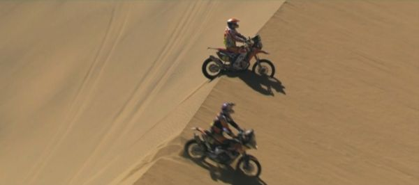 b2ap3_thumbnail_watch-the-best-bike-moments-of-the-2015-dakar-video-91279_1.jpg