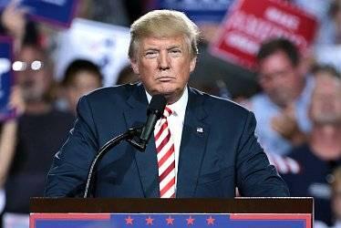 Трудности перевода: почему Кремль не спешит реагировать на обвинения Трампа