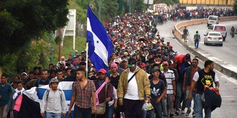 Демократия по-американски: армия против беженцев