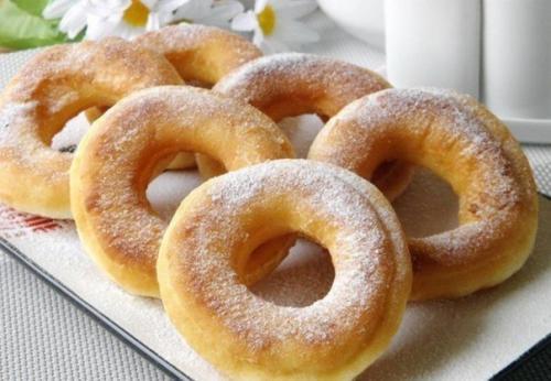 Пончики на кефире за 15 минут.