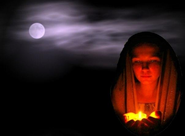 Одна из молитв, с которой желательно обращаться вечером, перед сном.