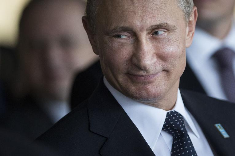 «По-моему, Путин улыбается»