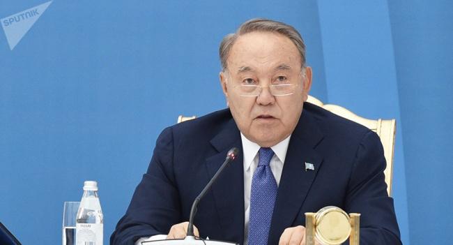 Назарбаев: США, Россия, Китай иЕС должны найти новый формат диалога