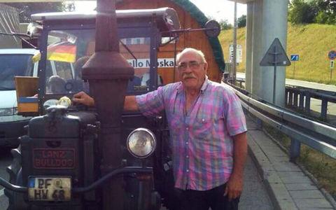 Пенсионер из Германии и его пес едут на чемпионат мира в Россию на тракторе