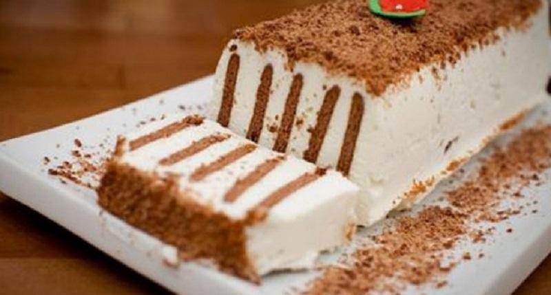 Первоклассный бюджетный торт за 20 минут. И никакой выпечки!