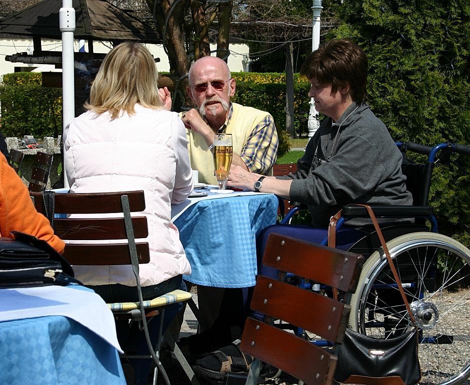 Богатые немецкие пенсионеры:…