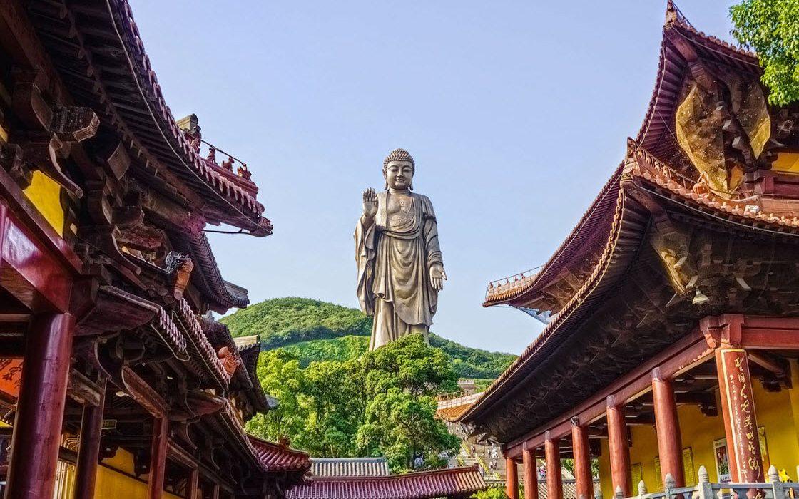 Самые высокие статуи в мире