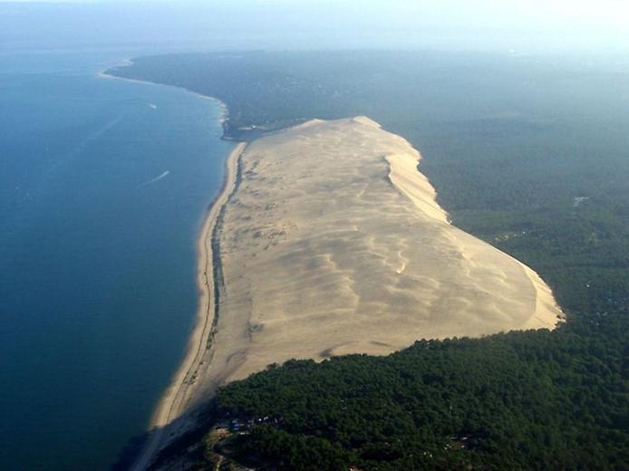 Пила - движущаяся дюна залива Аркахон