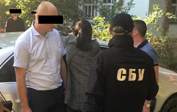 В Одессе задержали высокопоставленного таможенника за взятку