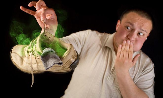 Как избавить обувь от противного запаха