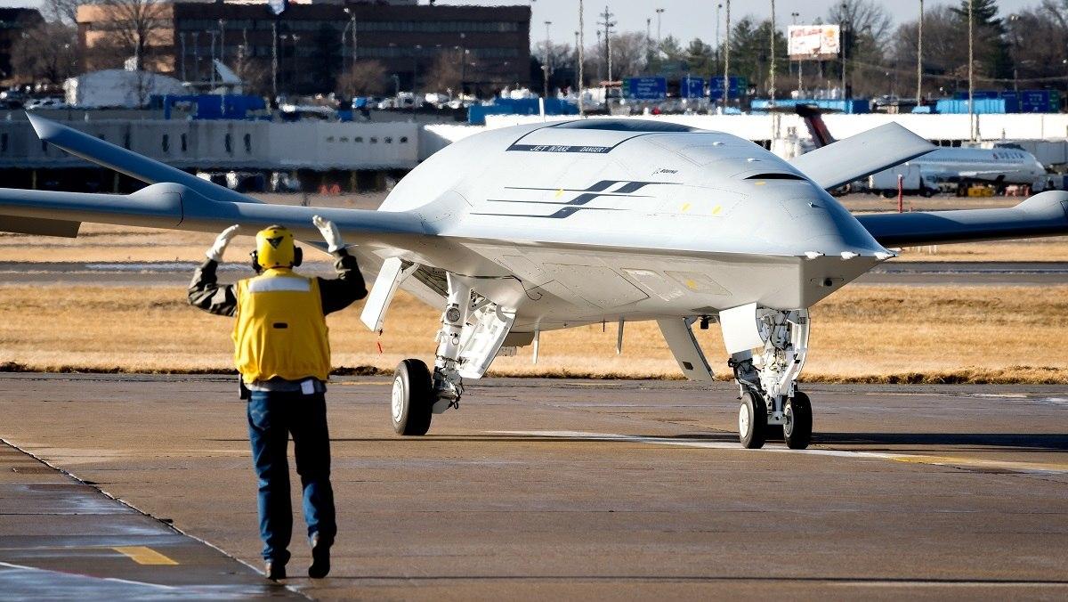 Корпорация Boeing победила в тендере ВМС США на палубный беспилотный самолет-заправщик MQ-25A