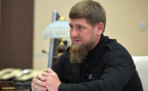 Кадыров заявил, что уволенный из UFC боец неправильно бил Макгрегора