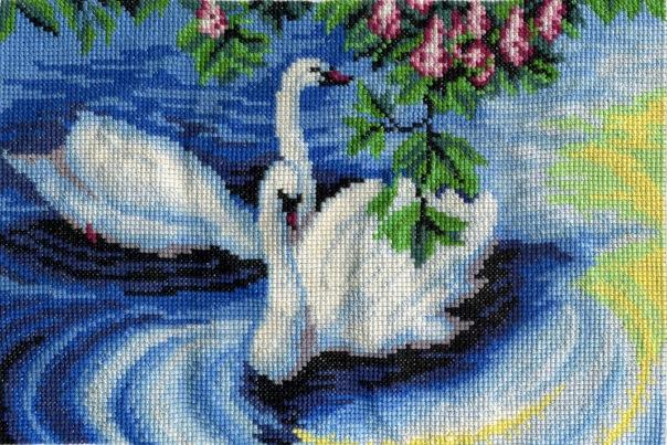 Схема вышивки лебедь на черном