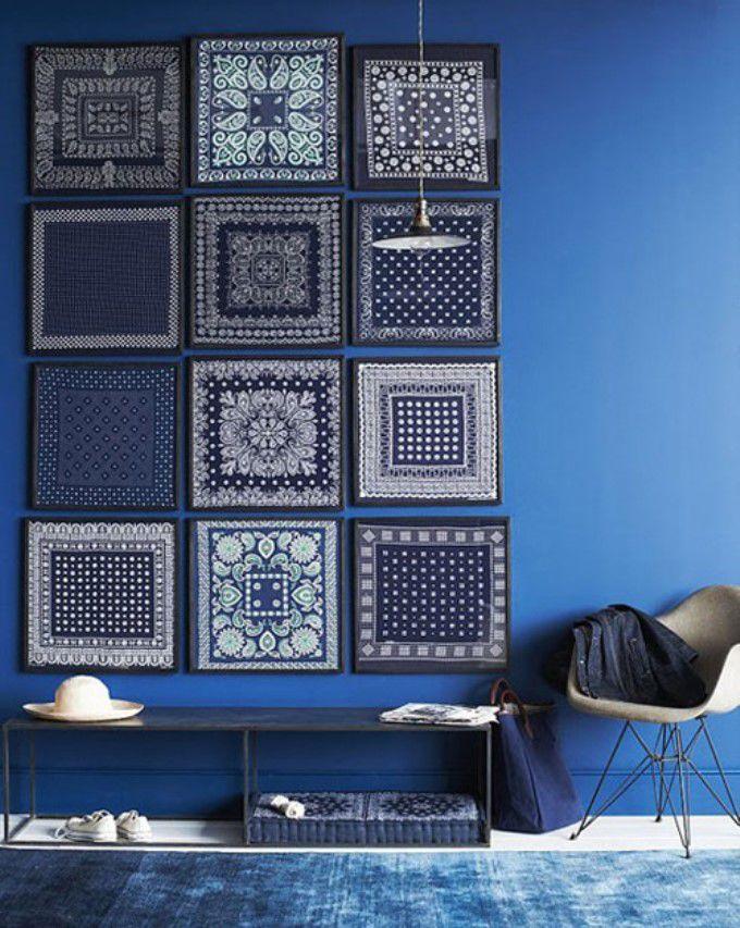 Вышивка в интерьере — стильный синий цвет