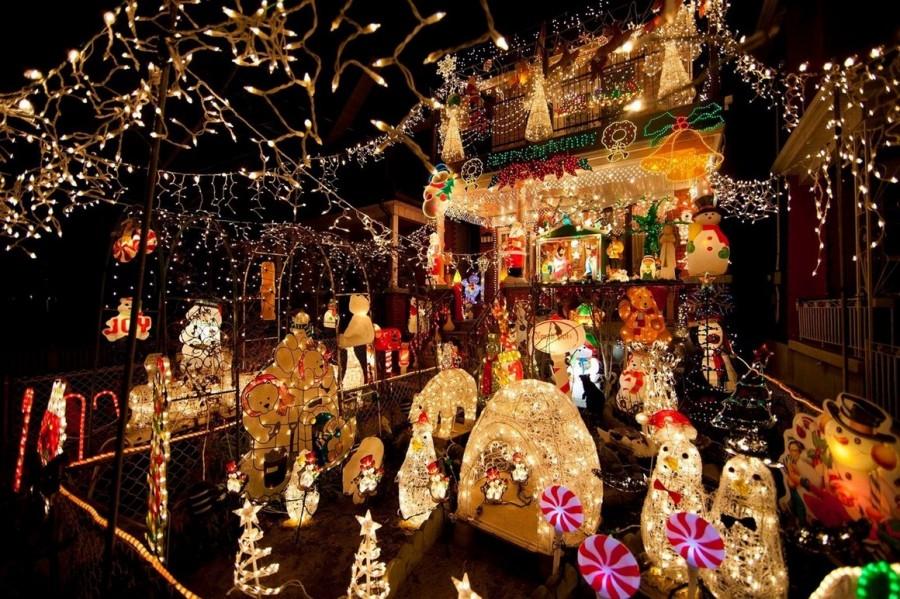 Самые яркие рождественские освещения и украшения