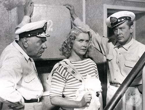 Лучшие фильмы о моряках и море