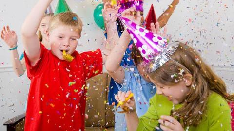 10 семейных новогодних конкурсов