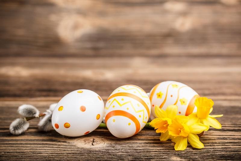 как покрасить яйца буряком
