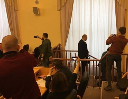Депутаты КПРФ иЛДПР, которым недали слова, покинули заседание Тюменской облдумы