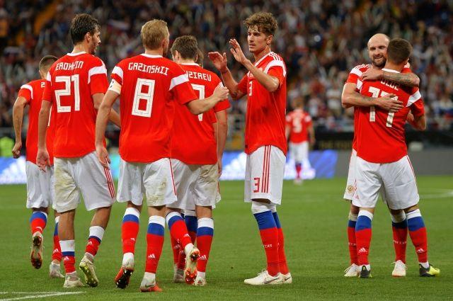 Сборная России по футболу поднялась до 46-го места в рейтинге ФИФА